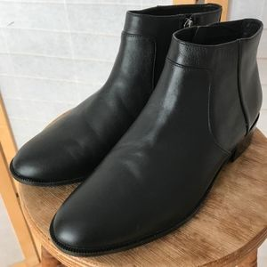 Caslon black leather ankle boots size 9 NWOB